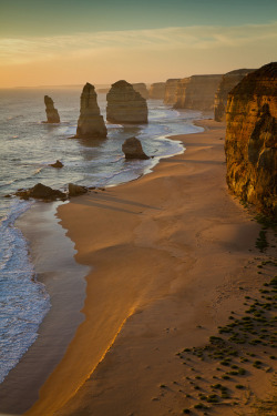 wolverxne:  12 apostles at sunset by tim.mcrae on Flickr.