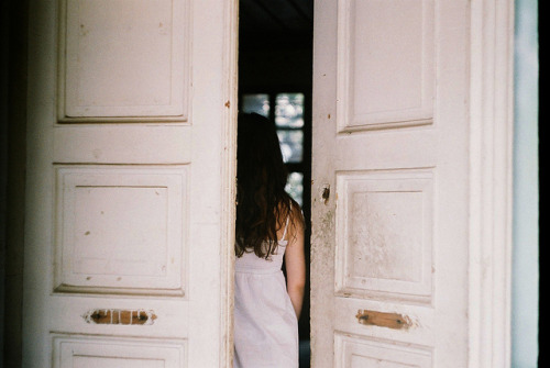 closings:  untitled by Öykü Öge on Flickr.