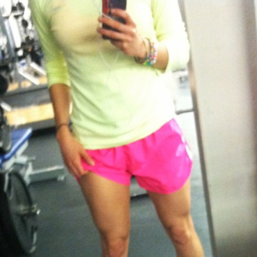 Say hello to my lil 'ol chicken Legs; this morning after some sprints. 💪🐔👊 Followed that with some Leg exercises. Gotta get these puppies stronger! 😜 #legs #fit #fitness #fitspo #fitchick #gymrat #gym #motivation  #dedication #fitlife  #igfit #instafit #fitbodylife #zero_g_fitness #fitfam