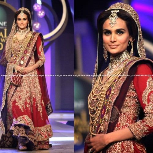 shazasscrapbook:  HSY at Bridal Couture Week 2013  http://shazasscrapbook.com/2013/04/23/bridal-couture-week-2013/