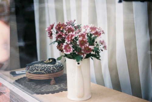 invisibili:  sin título by isabelle bertolini on Flickr.