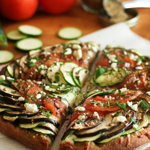 in-my-mouth:  Vegetable Flatbread Healthy Pizza