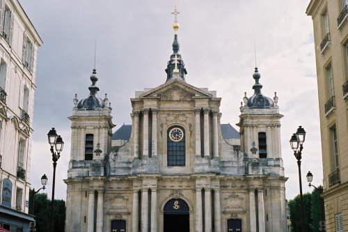 m-ty:  a church near the palace of Versailles (by withsean)
