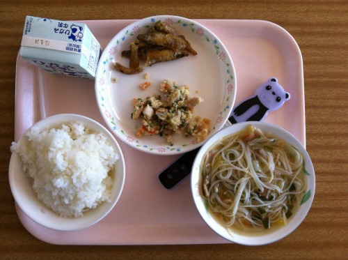 Today's school lunch: rice, deep-fried sweet and sour smelts, rice noodle and cabbage soup, and chicken and okara (tofu lees).
