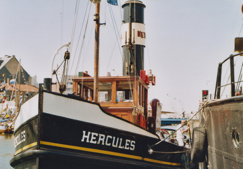 lafleurdesmurailles:  Steam tugboat SS Hercules. by Petrana Sekula on Flickr.