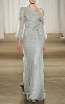 keroiam:  Marchesa Drop Shoulder Tulle Gown