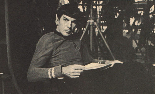 awesomepeoplereading:  Nimoy reads. beyondspock:  Learning lines.