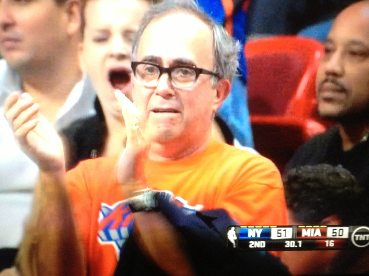 Look at this Knicks fan