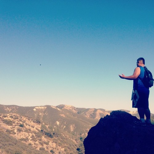 Feelin' that cool breeze on the highest peak of the mountain. Photo credits to @stubbybong. #LateUpload #Pinnacles #Hiking