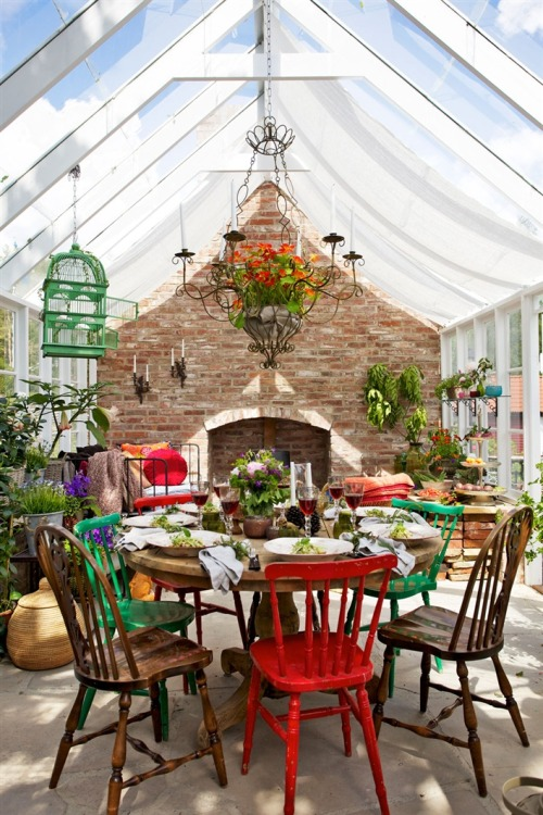 ettgangeratta:  aros:  Wonderful Greenhouse in the Swedish Garden  Why does my Swedish garden not look like this…