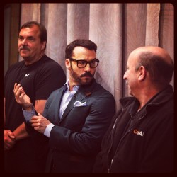 Jeremy Piven adjusts his cuffs backstage. #conan #jeremypiven #selfridgePBS (at Warner Bros Stage 15)