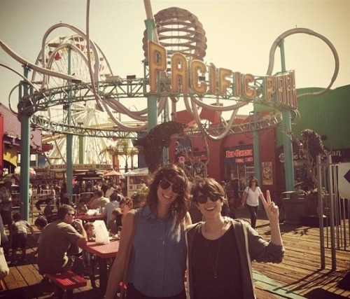 sainthood:  iwusnineteen:  Sara Quin & Stacey Reader @ Pacific Park in Santa Monica Pier.  cuties