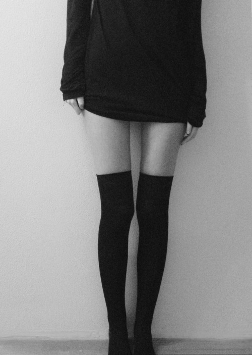 thinspo thinspiration thigh high skinny ana anorexia mia bulimia cute thinspo ed eating disorder eatingdisorders tw