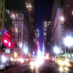 Midtown #nyc #7thave #nightcity #workinglate