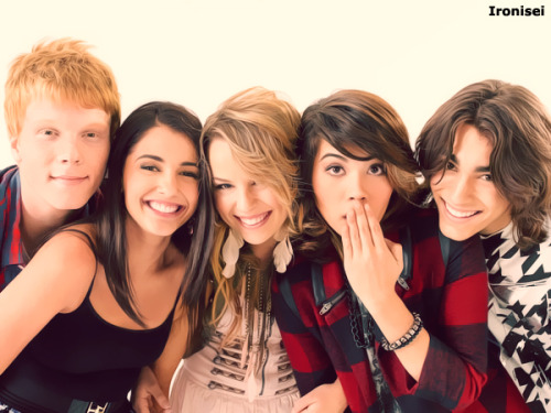 Fofos!! Amei o filme #Lemonade Mouth!!!