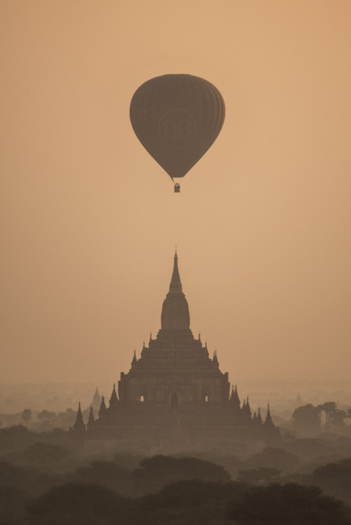 0mnis-e:  Sunrise in Bagan, By Anthony Bourasseu