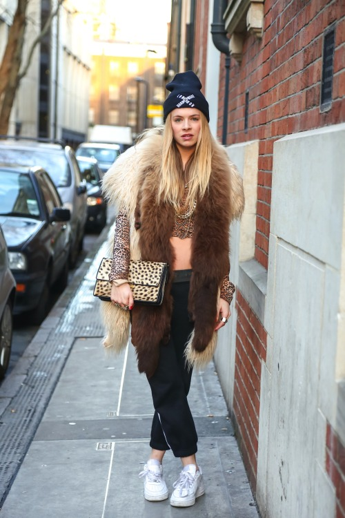 Lil Kim style meets East London grunge. Leopard, fur and chunky gold jewellery win.
