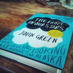 #thefaultinourstars #johngreen  finally gonna see what the hype is about.  So far so good. #books #reading