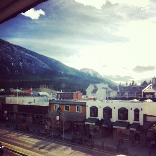 I can totally slum it here tonight. #banff #roadtrip
