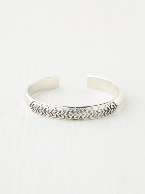 wantering:  Free People Novelty Metal Cuff