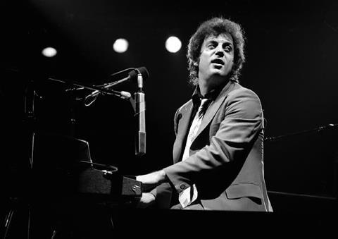 guitarslob:  Billy Joel  click here to read my review of day 2 at the Stone Music Festival, Sydney.
