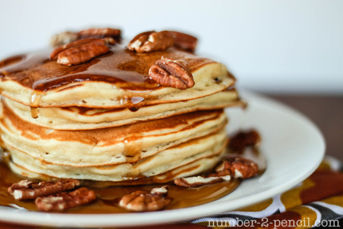 in-my-mouth:  Banana Pancakes with Brown Butter and Toasted Pecan