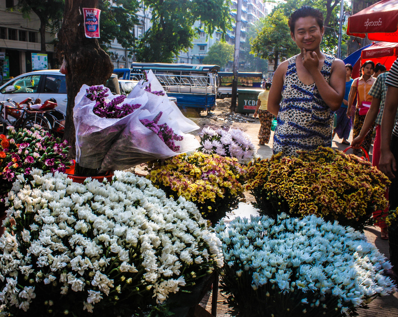 Morning market downtown Yangon