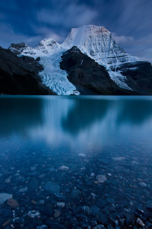 srce:  Berg Lake and Mount Robson, B.C.