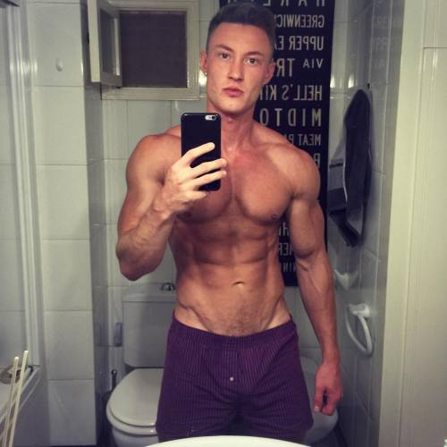muscleboy body love bodybuilding sport followme fit fitnesmodel physique hot health eatclean fitguy gymguy workout musclemaniapro muscles malebeauty gym men adonis sexy me muscle lifestyle lovewins modelboy instagood fitness male