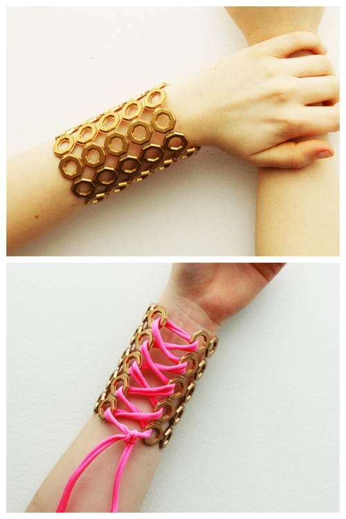 "DIY Plastic Mat Gauntlent Lace Up Bracelet Tutorial from Anna Evers for Las Manualidades here. I know this has already been posted on Tumblr here, but I think a real discussion has to continue about the use of the term ""slave bracelet"". I've mentioned it before when panjas/handpieces have been called ""slave bracelets"" and cuffs have been called ""slave cuffs"" and how distasteful and inappropriate I think it is. What do I do? I leave a message at the site asking if there is a better name for that piece of jewelry or I message the person on Facebook in private. Tip: spray painting plastic does not often turn out well when the plastic is bent."