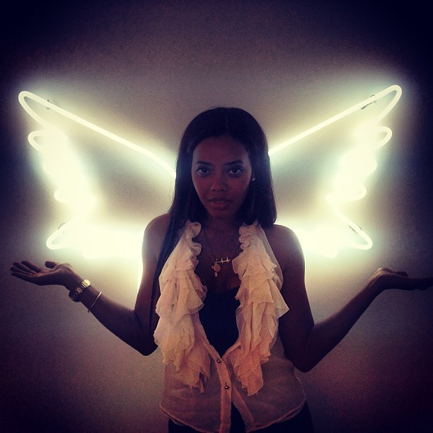 Beauty @angelasimmons got her wings today at #melodyehsani on #fairfax  (at Melody Eh$ani Store)