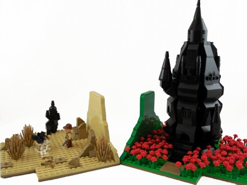thetowerjunkie:  thegc4:  The Dark Tower Bookends : a LEGO® creation by Brick Savage  This is so cool.