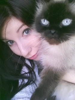 Misty and I ♥ Come say hi and visit my blog goodmorning-beautiful.tumblr.com :-)