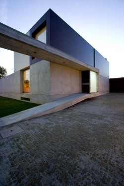 r3darch:  G.C. House / Atelier d'Architecture | Lopes da Costa