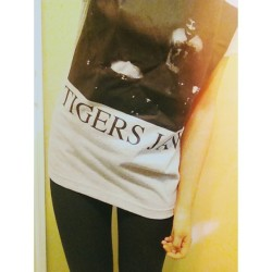 Whaddup I found my Tigers Jaw shirt that's been missing for months and its a 100000x bigger than me
