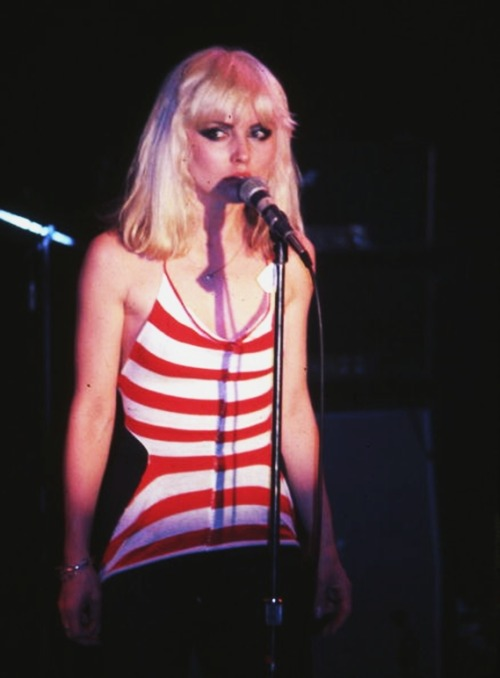 astralsilence:  Deborah Harry photographed by Richard E. Aaron.