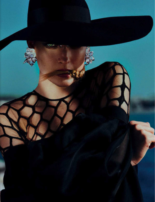"stormtrooperfashion:  Ophélie Rupp in ""Fascination & Mystery"" by Txema Yeste for Marie Claire Italia, March 2013"