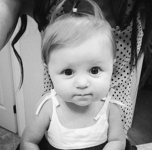 the-heretic-demon:  LOOK HOW FUDGING CUTE COPELAND QUINN IS I WANT HER TO BE MY DAUGHTER NOW AH