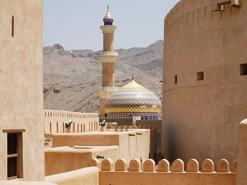 evysinspirations:  Nizwa's mosque - Oman by Emmanuel Catteau photography on Flickr.