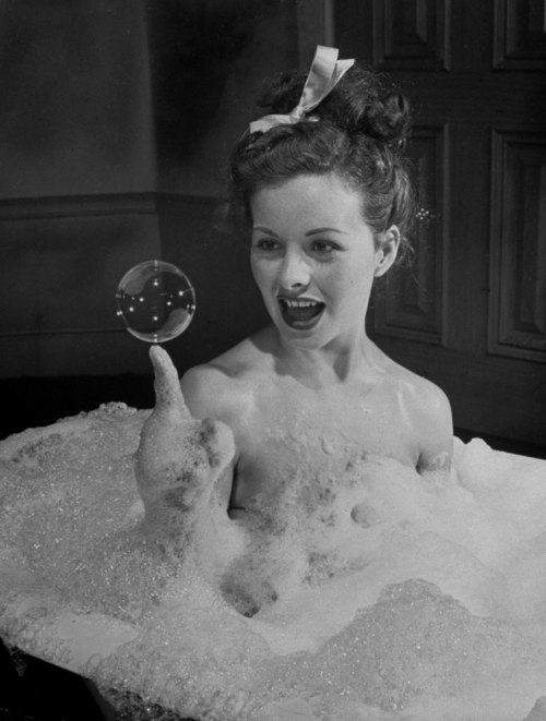 life:  Actress Jeanne Crain takes a bubble bath for her role in the movie Margie. See more photos of young actresses here. (Peter Stackpole—TIME & LIFE Pictures/Getty Images)