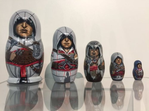 Assassin's Creed Matryoshka doll/Russian nesting doll made by NIM.ru and photo by Ambre Lizurey
