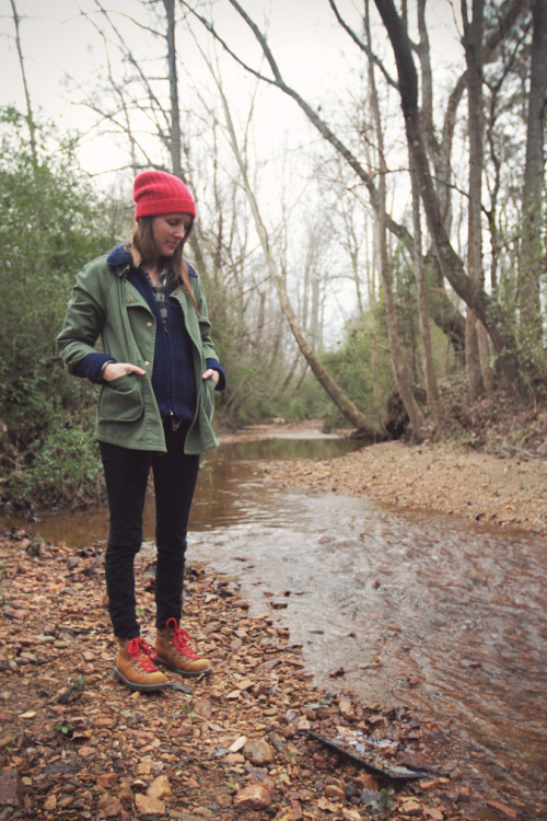 Loving the pops of red in this outdoorsy look from Sally Jane Vintage.