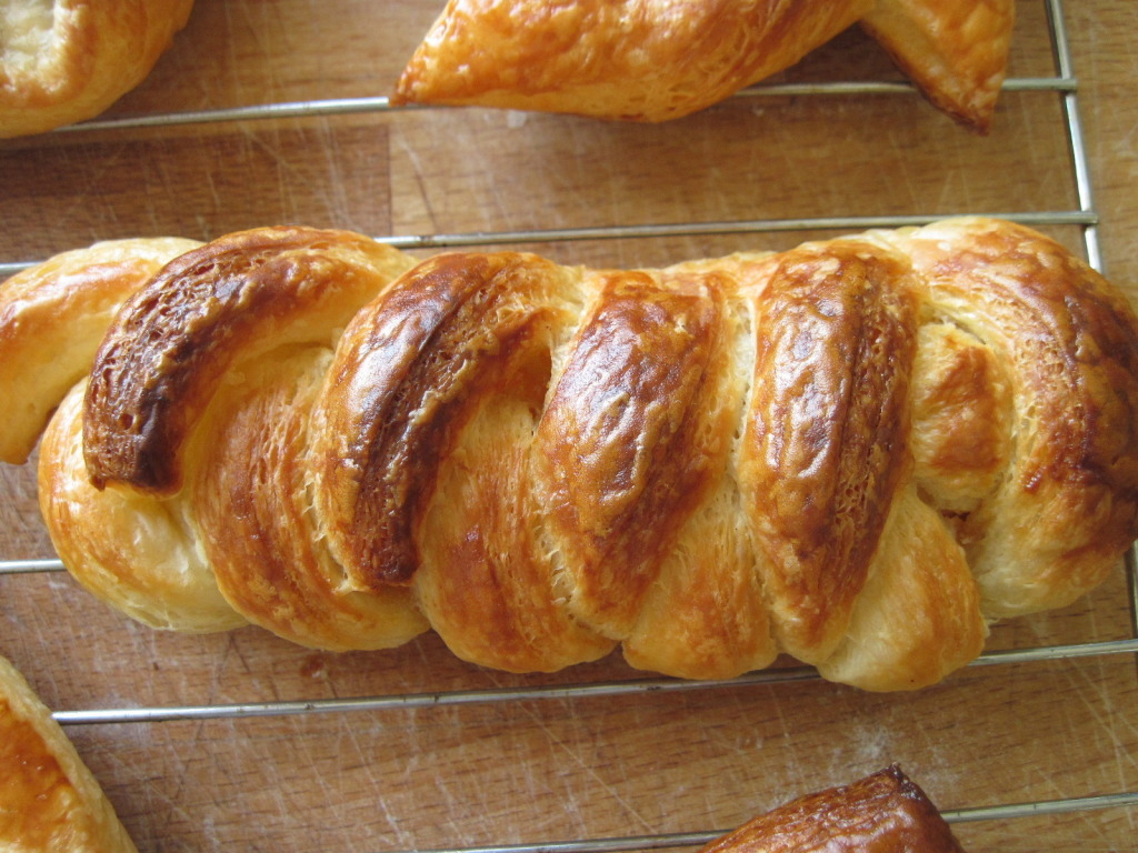 thecakebar:  Sourdough Danish Pastries Tutorial Sets {You must click link for FULL tutorial/recipe}