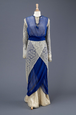 fripperiesandfobs:  Dress ca. 1912 From the Hull Museums