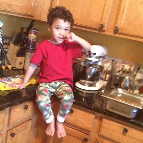 Lil Aiden cookin some toast.