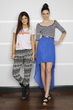 madeofstarlight:  klassydreamer:  Kendall and Kylie for PacSun by Donato Sardella  TODAAYYYY