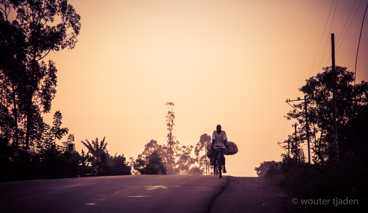 lensblr-network:  Heavy load, yala kenya by woutertjaden.tumblr.com