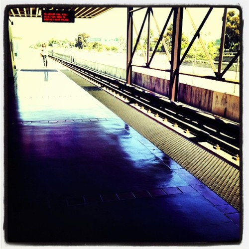 Berkeley to Oakland to Berkeley. At least it's beautiful outside. #bart #bayarea #sunnydays