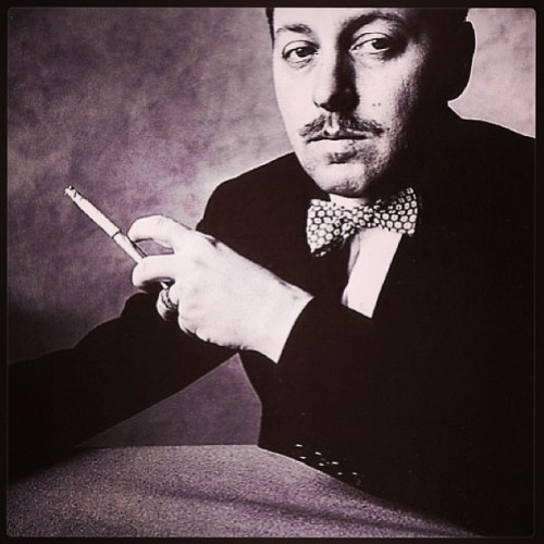 Master Tennessee Williams. Master playwright.