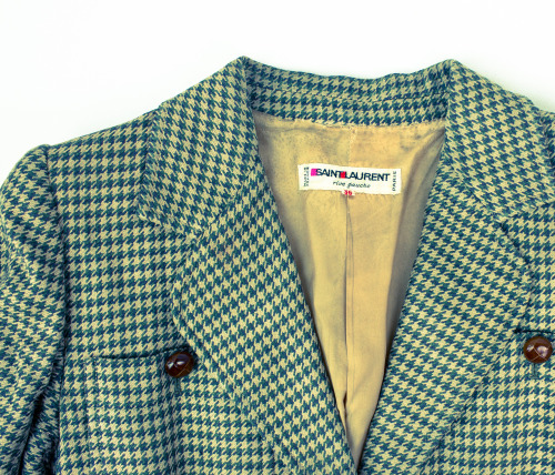 Early 1970s Saint Laurent Safari Blazer ♛ Soon availble on ABOYSCLOSET